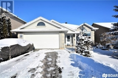 Real Estate Listing   55 BLOXHAM Place Barrie